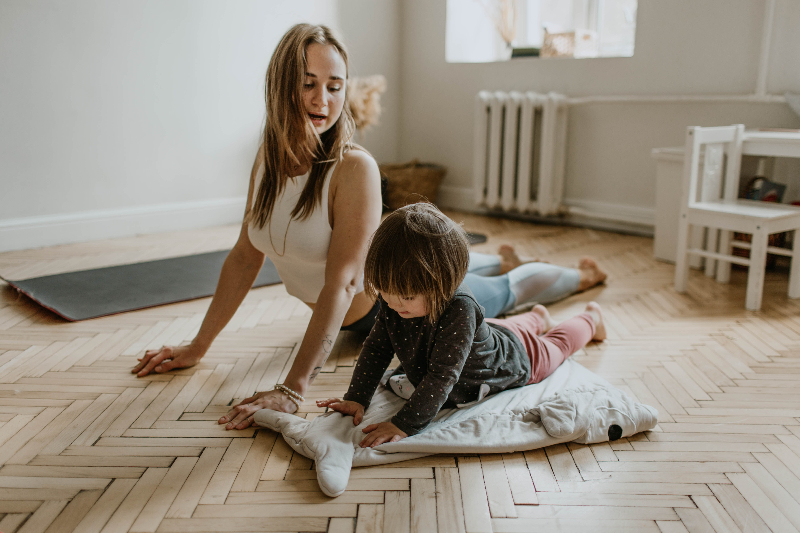 mother-and-child-yoga